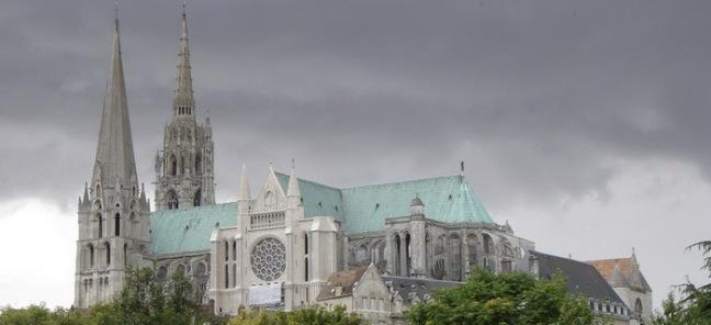 Cathédrale Notre-Dame de Chartres.jpg