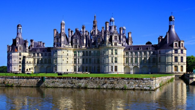 loire-valley-castles-tour-classical-renaissance.jpg